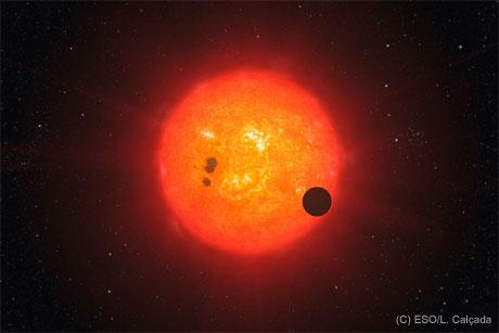 40光年の近距離で地球型の水の惑星「GJ 1214b」発見!