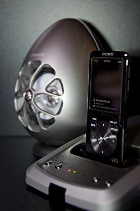 Olasonic for Walkman(TW-D7WM): OlasonicがPC用スピーカーとしても使えるウォークマン用ドックで登場!