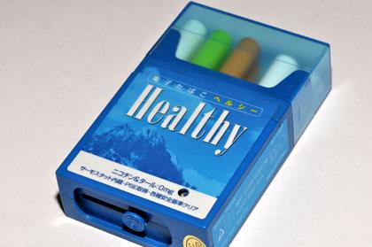 「電子たばこヘルシー」にコンセント充電タイプが登場 これなら代用になるかも