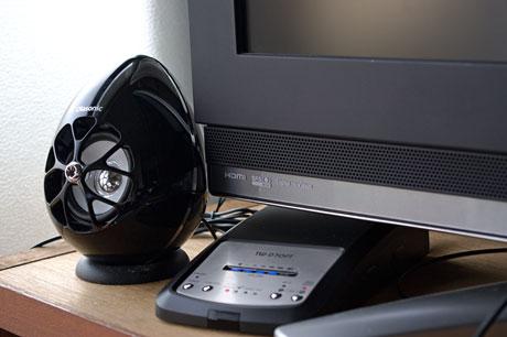 薄型TV用スピーカー「Olasonic TW-D7OPT(B)」を目覚しに使う