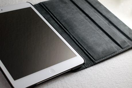 360度回転スタンド機能付「iPad mini」ケースを買いました