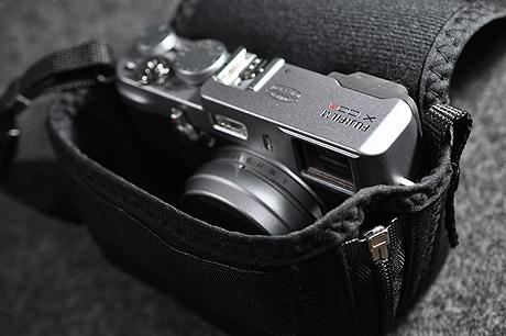 X100S,Q10,DP3用に「コンパクトデジタル一眼レフケース(GRAPH GEAR)」を購入しやした