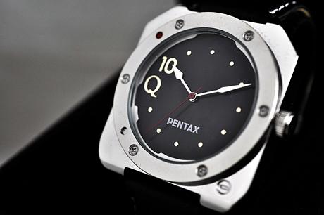 PENTAX Q10オリジナル腕時計「Q10ウォッチ」がやってきたw